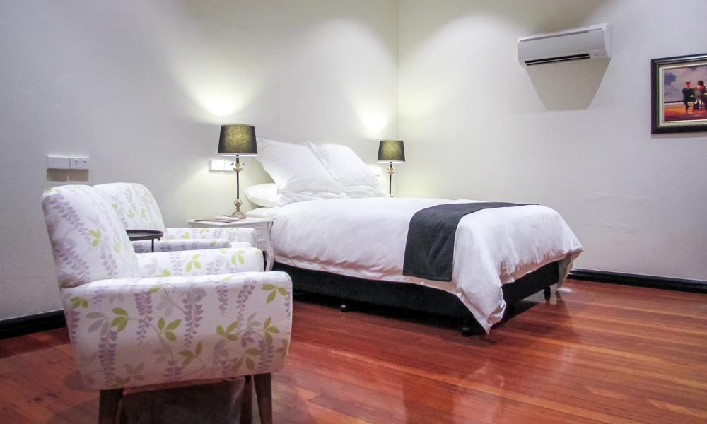 accommodation tenterfield disabled room