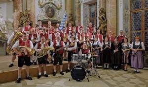 1418682109_2-_brass-band_tenterfield_beerfest_2015_small